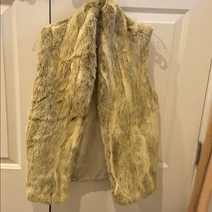 BCBGENERATION Faux Fur Vest XXS